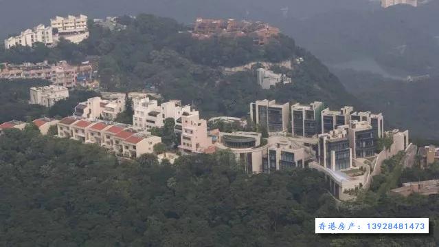 此图像的alt属性为空;文件名为加列山道别墅户型图-12.jpg